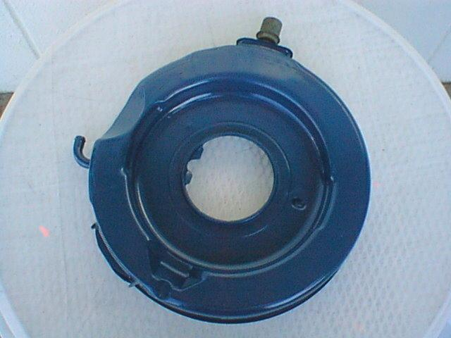 1969 Q-code Air Cleaner Base, Bottom